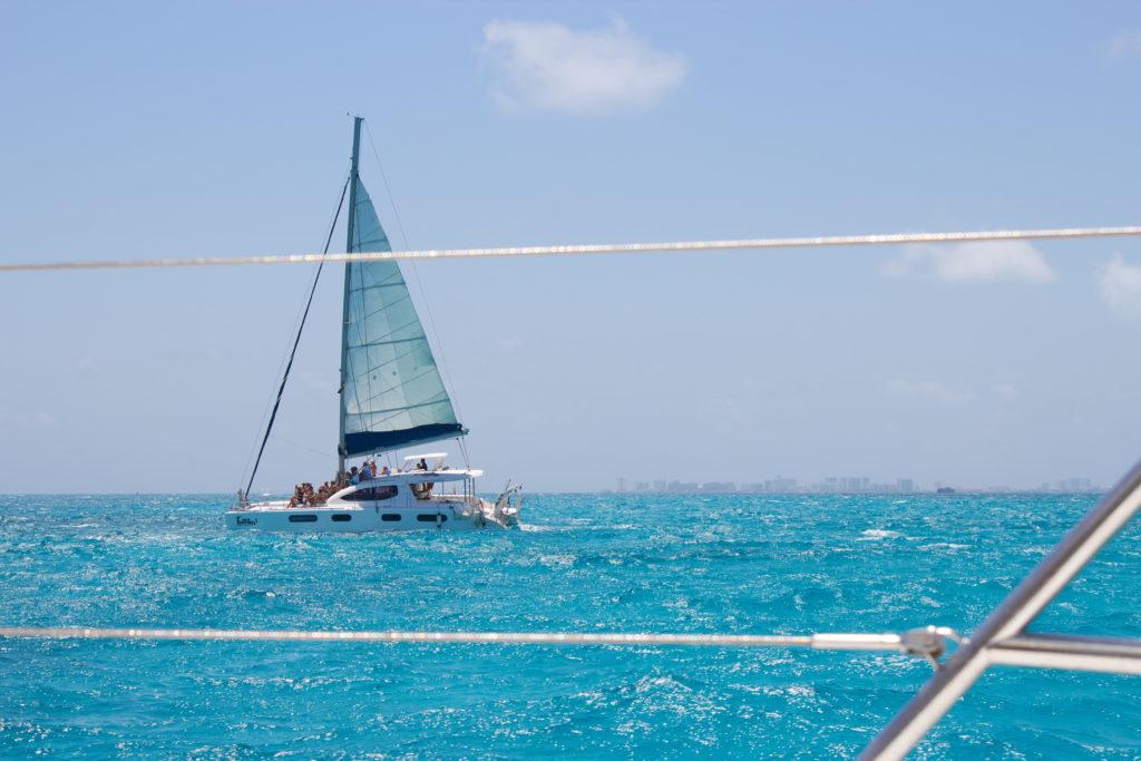 Sailing To Isla Mujeres
